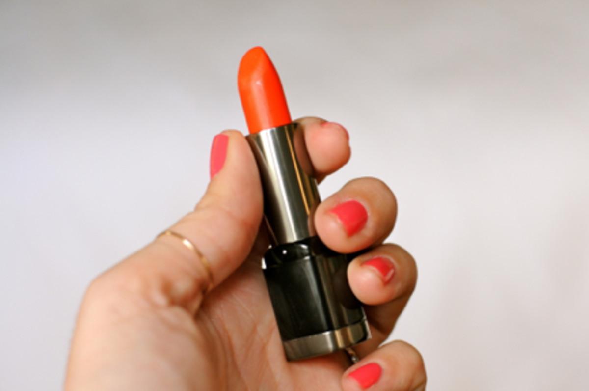 orange-lipstick