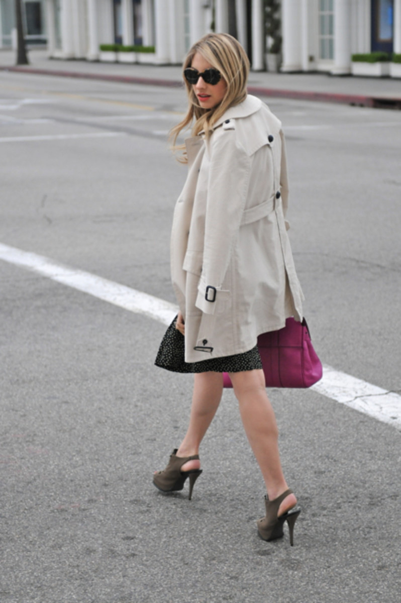 Ralph Lauren Sunglasses, Brooks Brothers Blouse, Coach Trench, Vintage Pleated Skirt, Elizabeth and James Heels, Mulberry Bag
