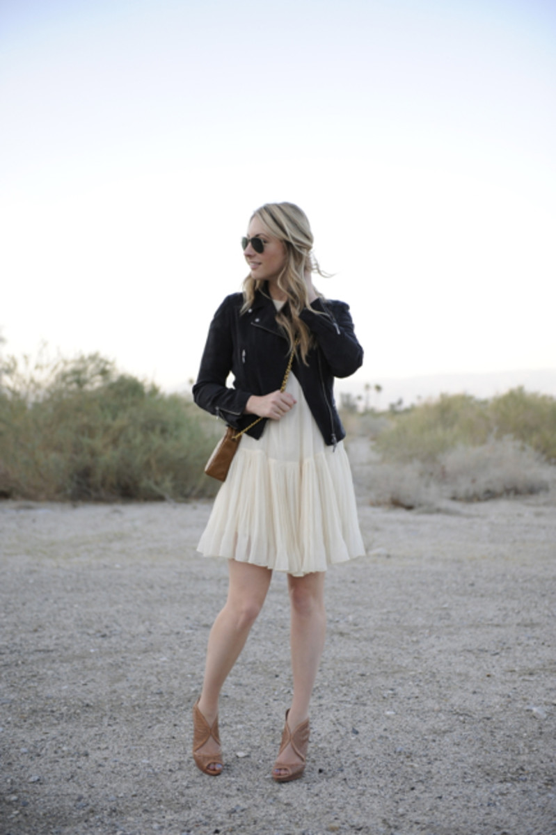 Ray-Ban Aviators, Club Monaco Jacket, Phillip Lim Dress, Vintage Chanel Bag, Prada Shoes