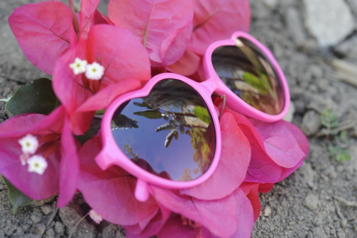 heart-shaped-glasses