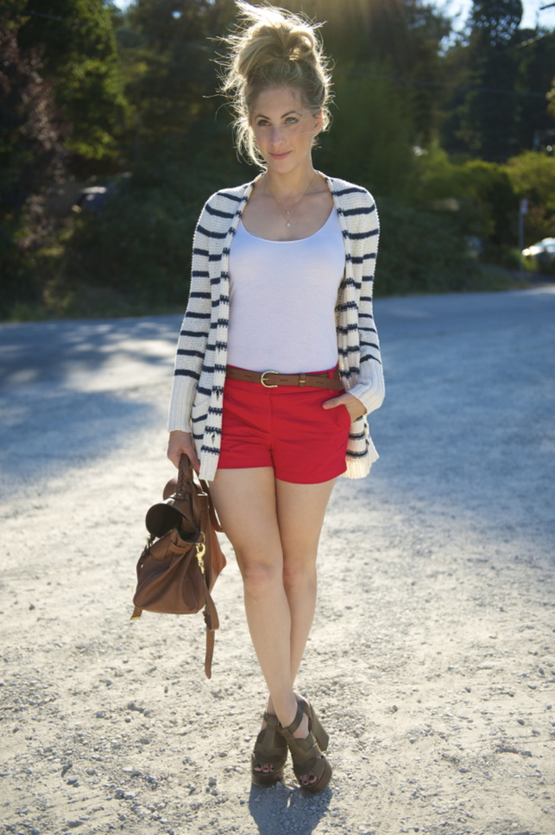 Free People Sweater, Madewell Top & Belt, J.Crew Shorts, Robert Clergerie Heels, Mulberry Bag
