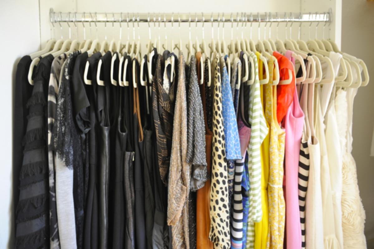 closet-dresses
