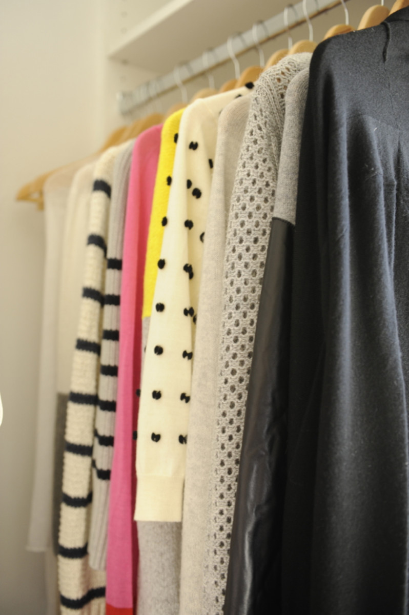 closet-sweaters