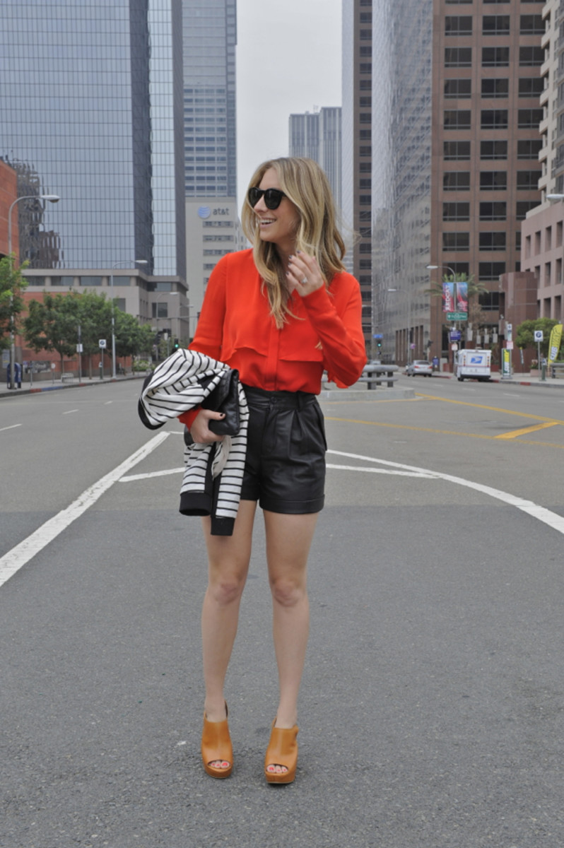 Parker Blouse, Pinko Jacket, Club Monaco Shorts (similar faux option here), Vintage Clutch, Elizabeth and James Wedges, Celine Sunglasses