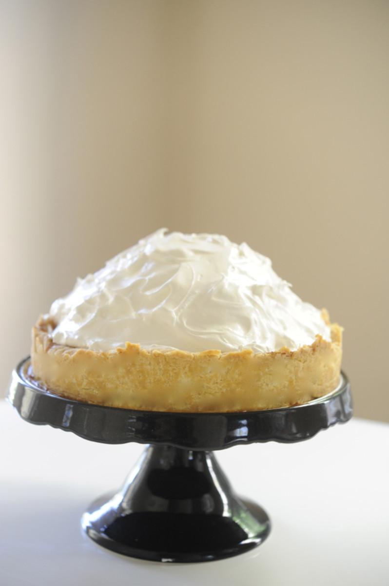 Deep-Dish Pumpkin-Meringue Pie - Cupcakes & Cashmere