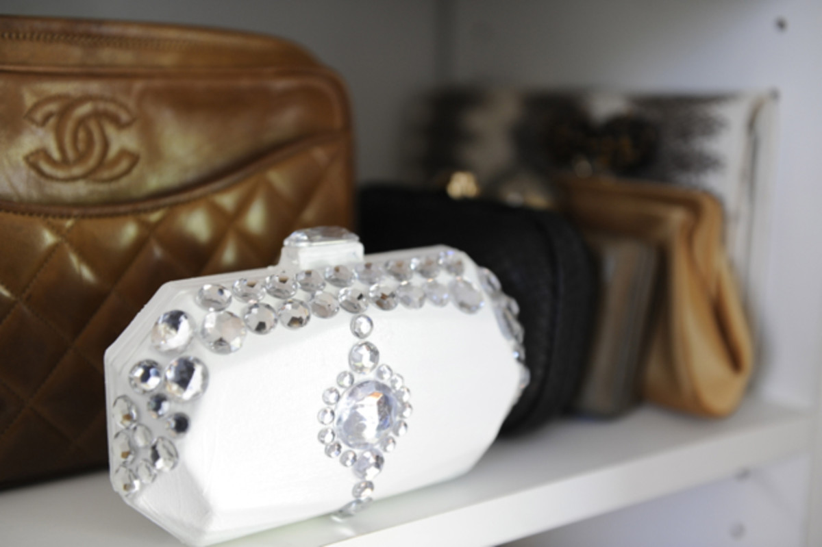 jeweled-clutch