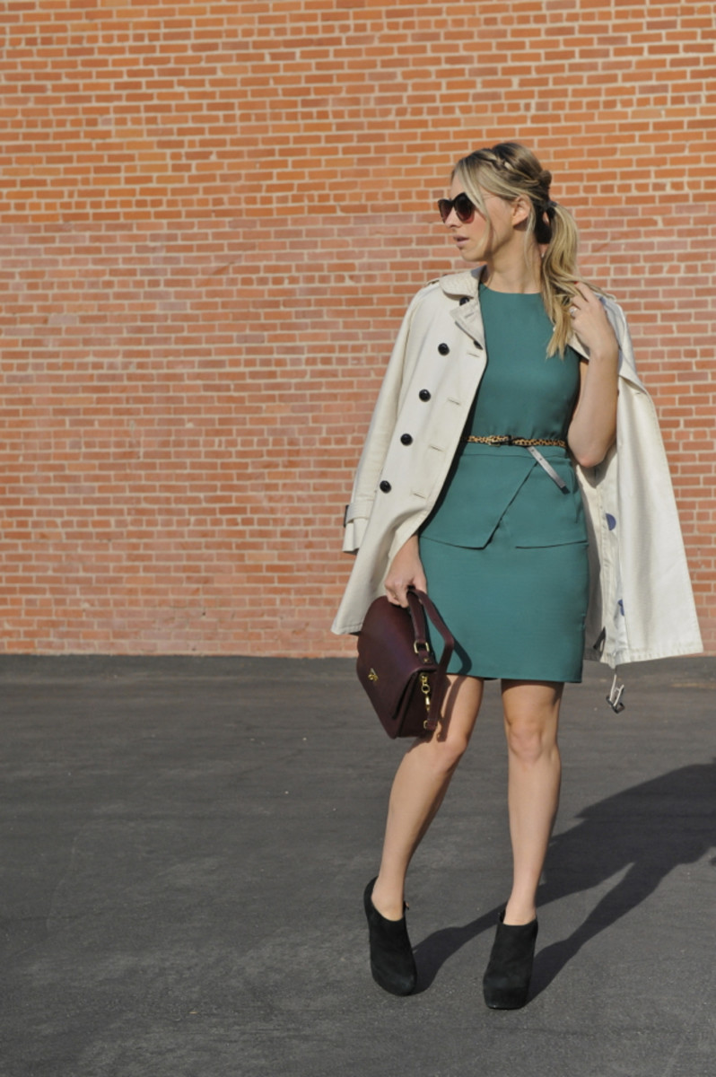 Elizabeth and James Sunglasses, Coach Trench (similar here), Tibi Dress, J.Crew Belt, Steve Madden Booties, J.Crew Purse