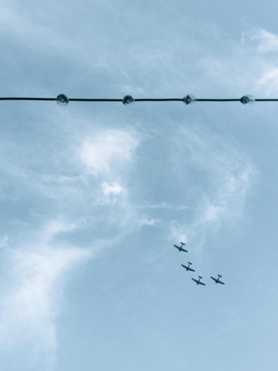 {Planes overhead in Santa Monica}
