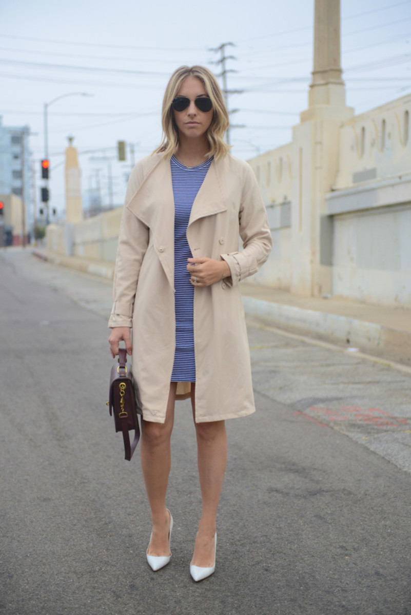 {Ray-Ban Aviators, Theory Dress, H&M Trench, Manolo Blahnik Pumps, J.Crew Purse}
