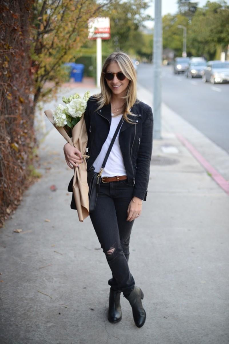Rag & Bone Jeans,Club Monaco Jacket (similarhere),Illesteva Sunglasses,T by Alexander Wang Shirt,Madewell Belt, Coach Bag,Matisse Boots