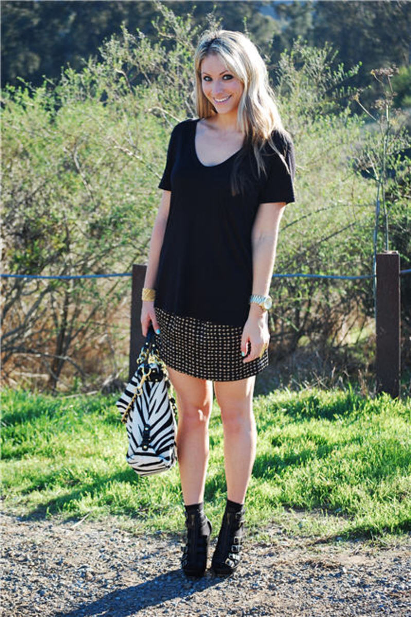 Alexander Wang Tee, Wren Skirt, Coach Bag, Michael Kors Watch, H&M Socks, Cynthia Vincent Wedges, Essie Mint Candy Apple