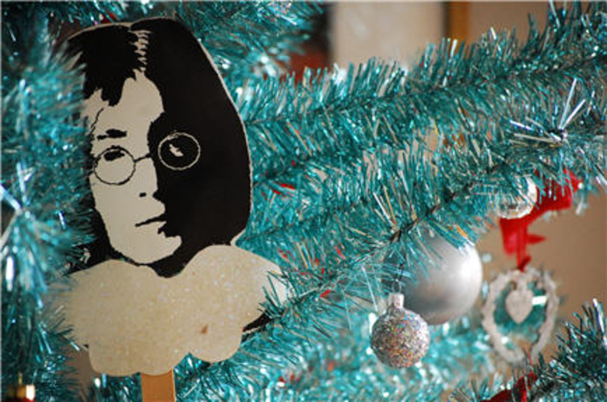 {Rock legend angels on my parents' tree}