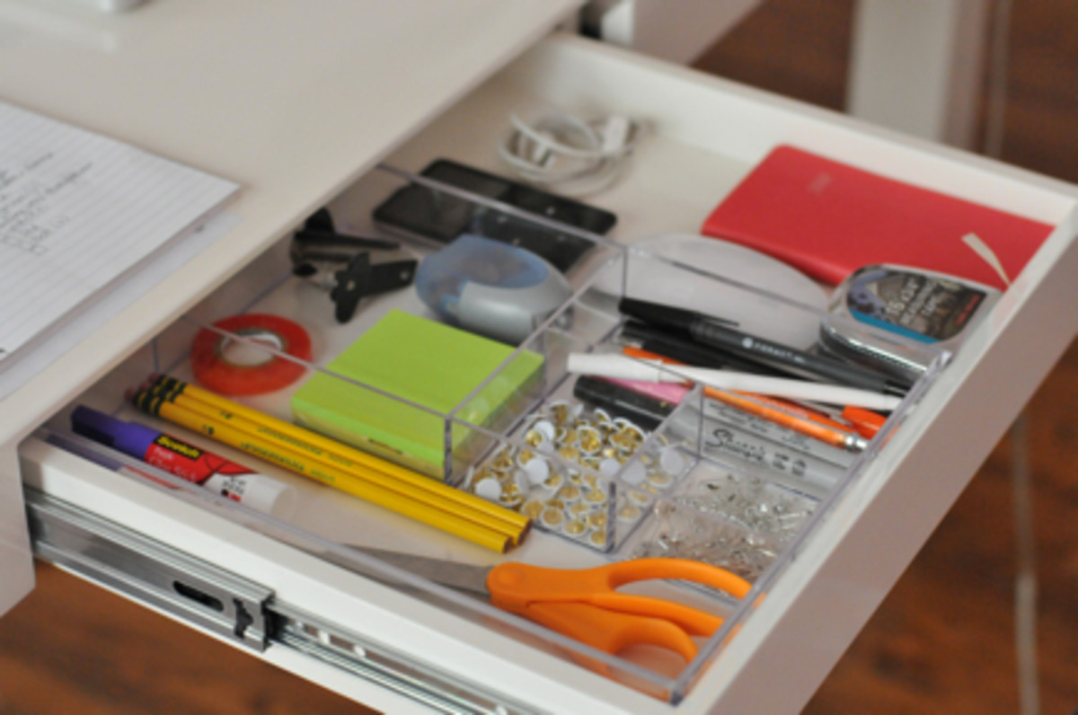 Office etiquette cupcakes cashmere - Organizing desk drawers ...