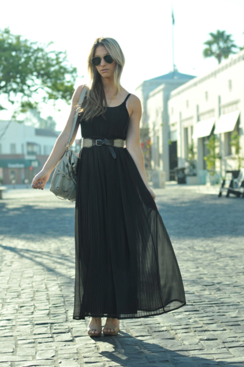 Vintage Sunglasses, No Name Earring, Madewell Dress and Belt, Foley + Corinna Bag, Philosophy di Alberta Feretti Sandals