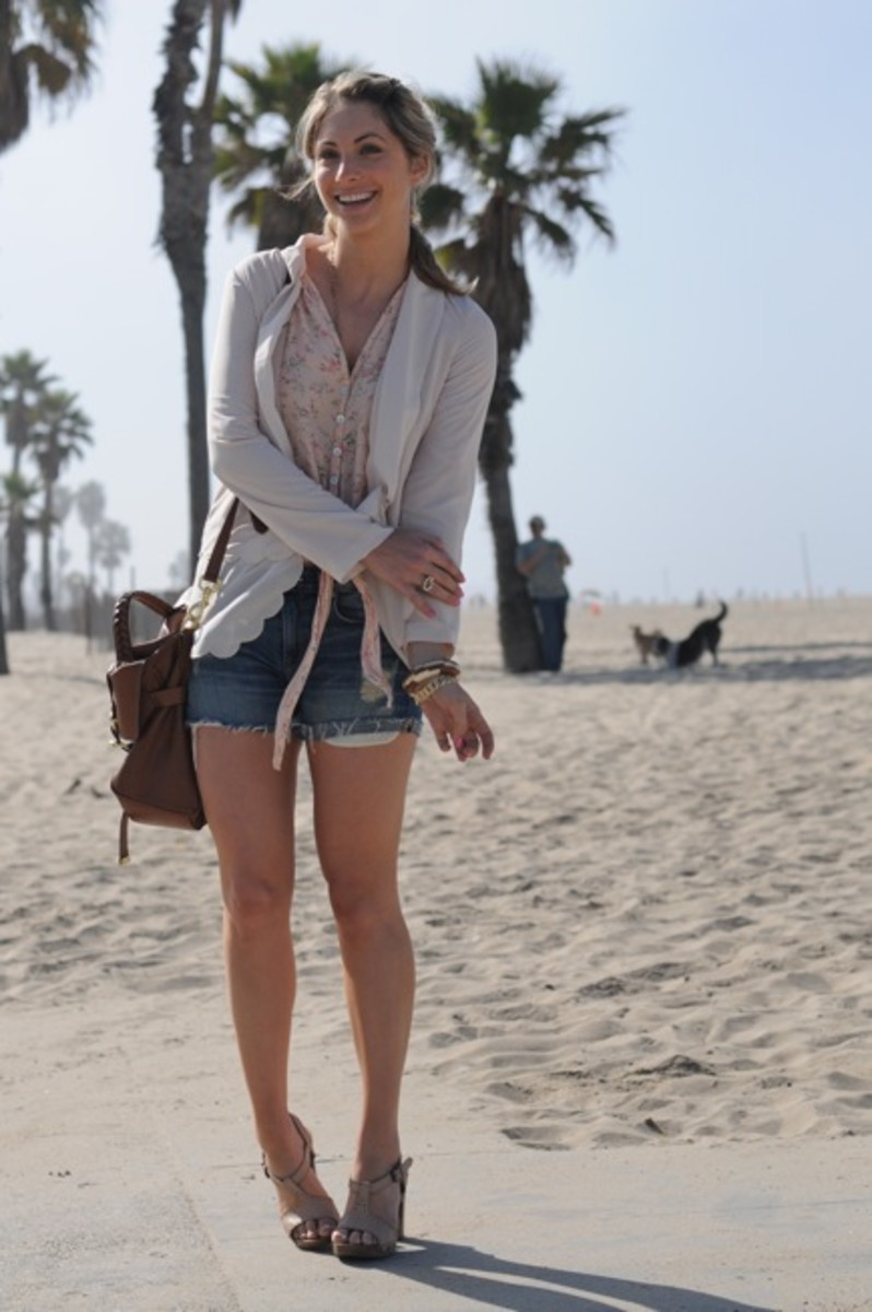 Mulberry Bag, H&M Blazer, Planet Blue Top, Vince Shorts, Philosophy Platforms