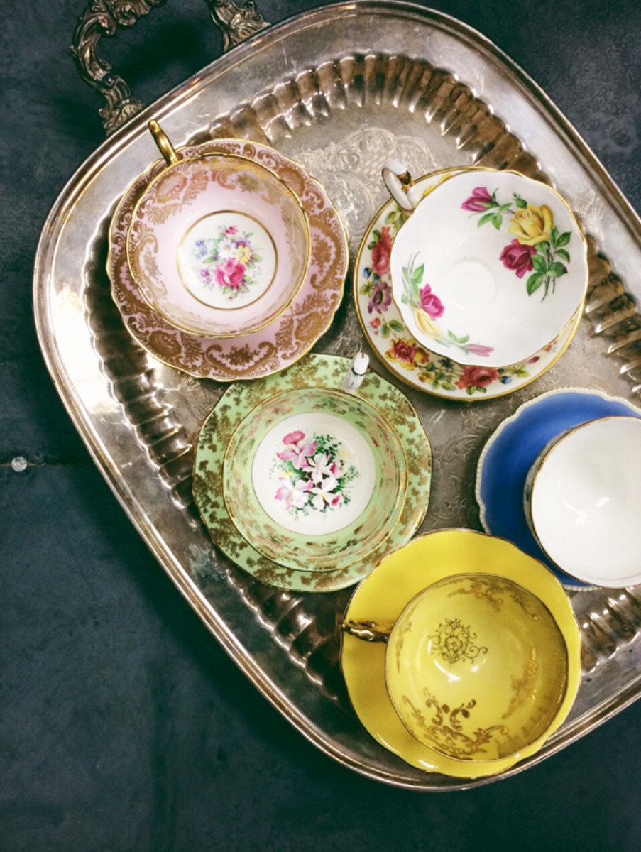{Mismatched teacups - ideal for a girls brunch}