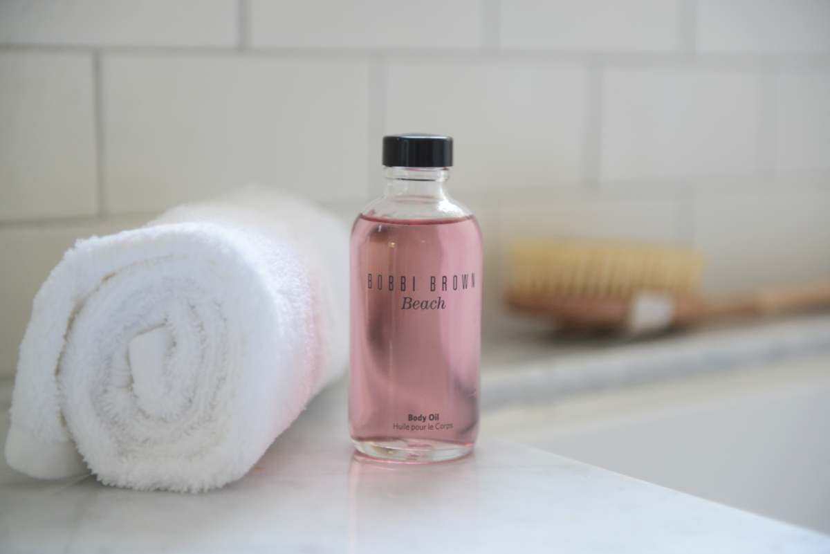 {The definitive summer-time bath oil}