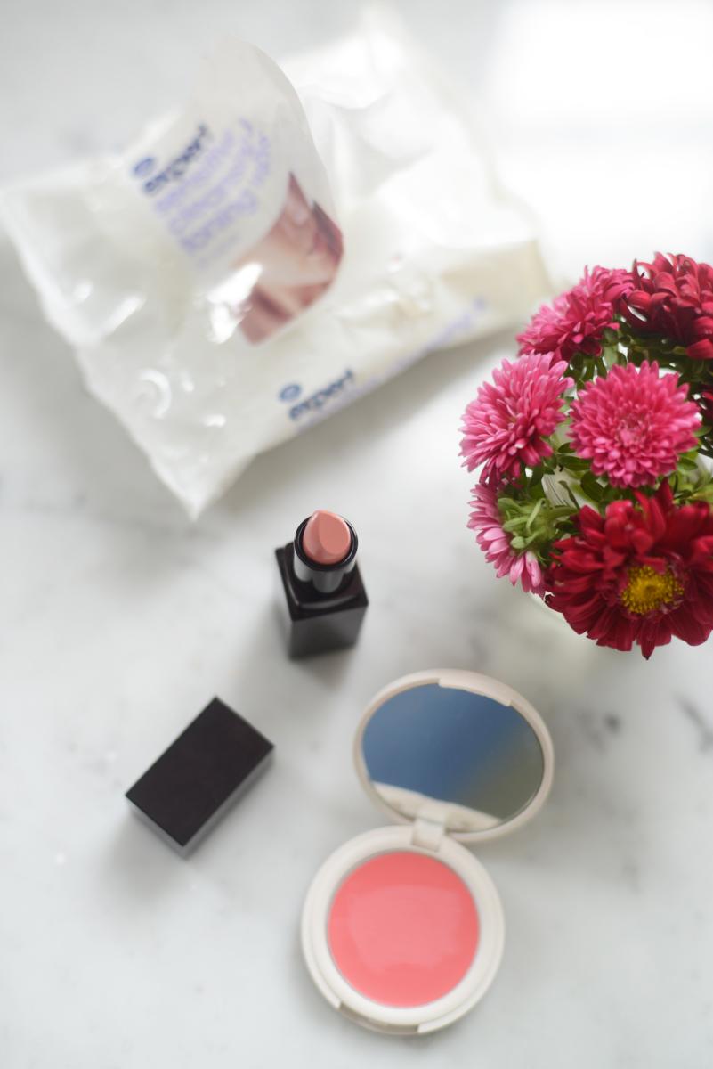 Boots Makeup Remover Wipes, Laura Mercier '60s Pink' Lipstick, Topshop Cream Blush in 'Flush'