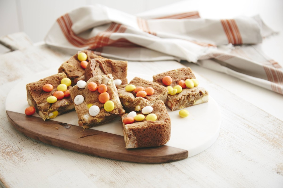 Cupcakes + Cashmere Halloween Blondie Brownies V2.jpg