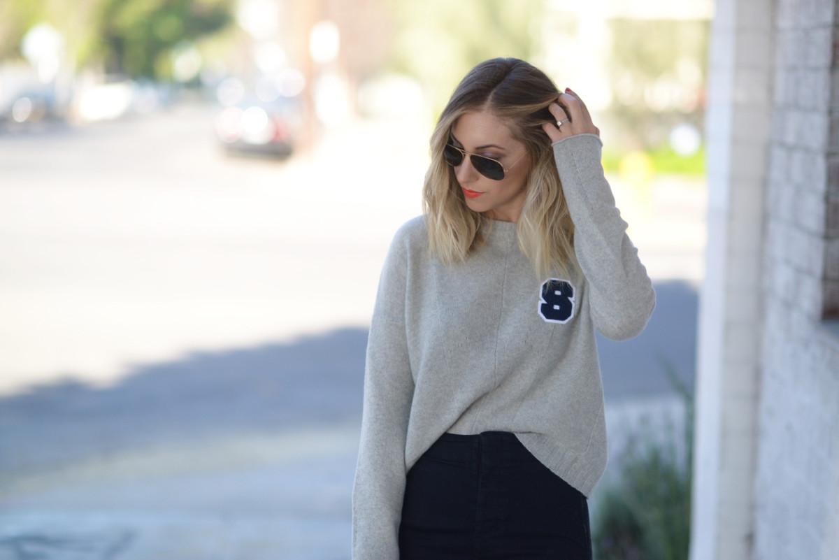 ssweater4(hero)