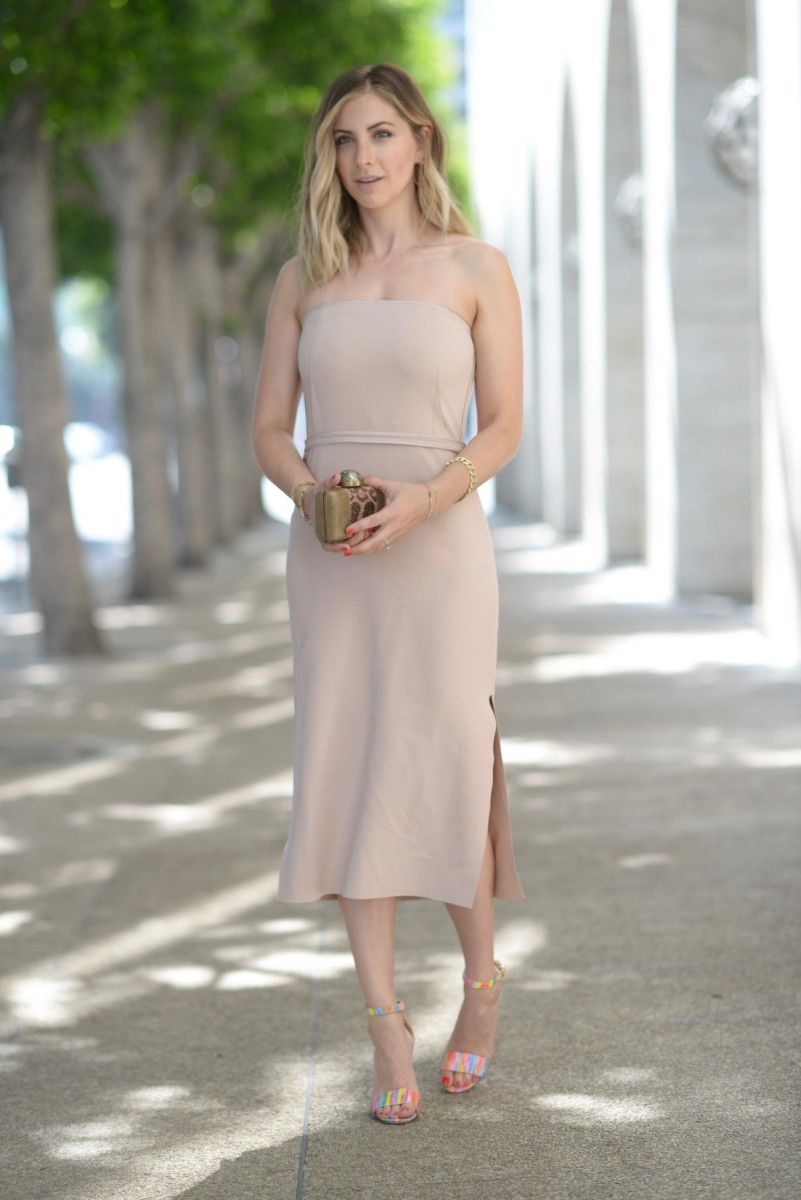 Elizabeth and James Dress, Manolo Blahnik Sandals (similar here), Kelly Wearstler Clutch