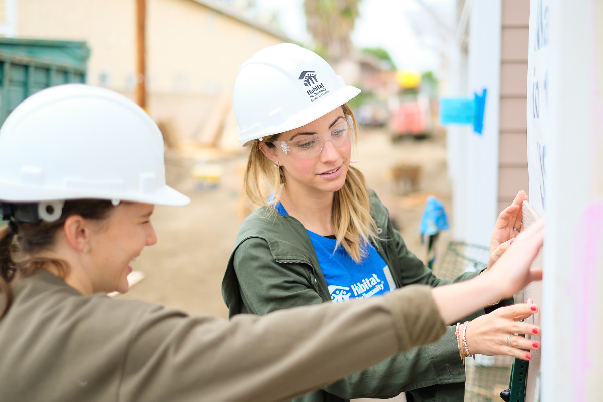 0046_Jason_Sorge_Photography_Habitat_for_Humanity_Lowes_Womens_Build_2017May09_5MB