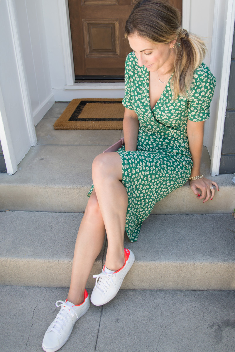 Ganni Dress(similar here), Nike Shoes (similar here), Balenciaga Clutch (similar here)