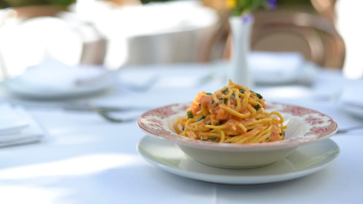 Spaghetti al Pomodoro Hero