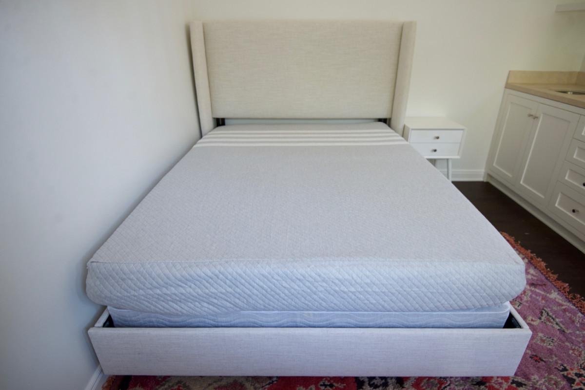 leesa mattress.jpg