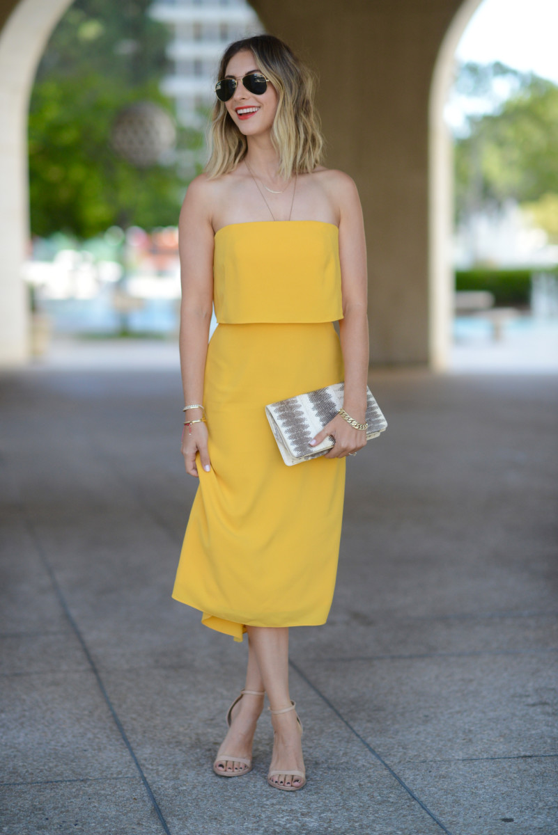 yellowdress5.jpg