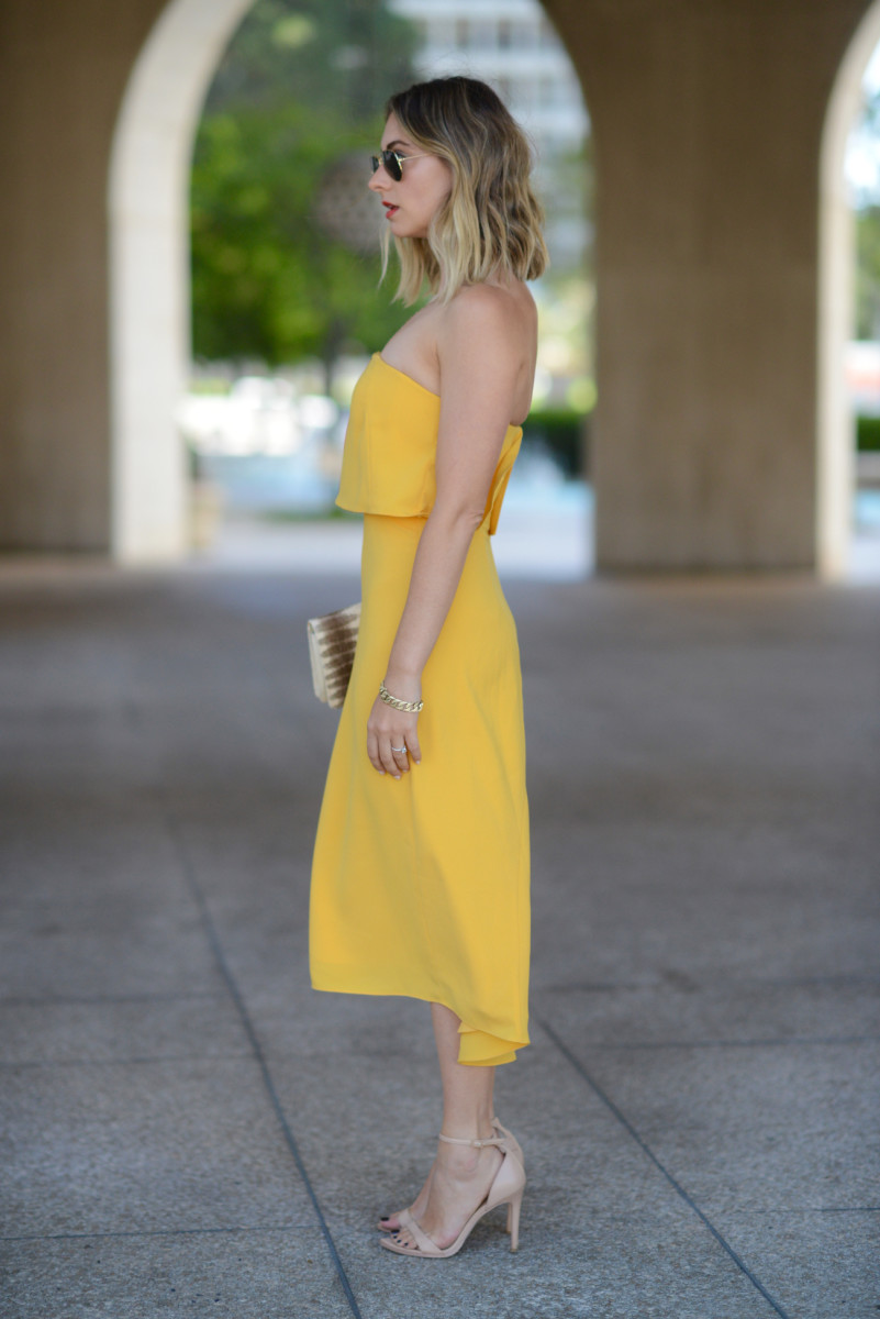 yellowdress3.jpg