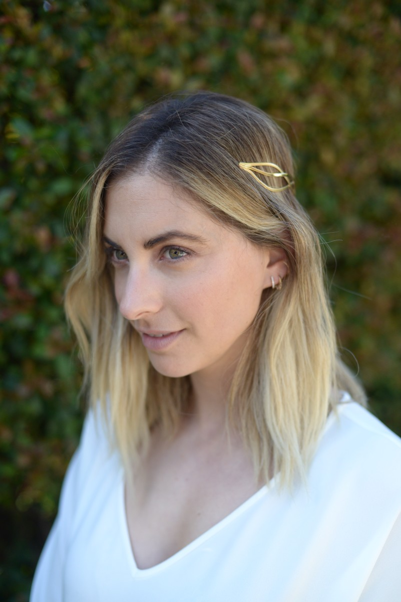 {Love the idea of wearing a gold headband in lieu of necklaces for a night out}