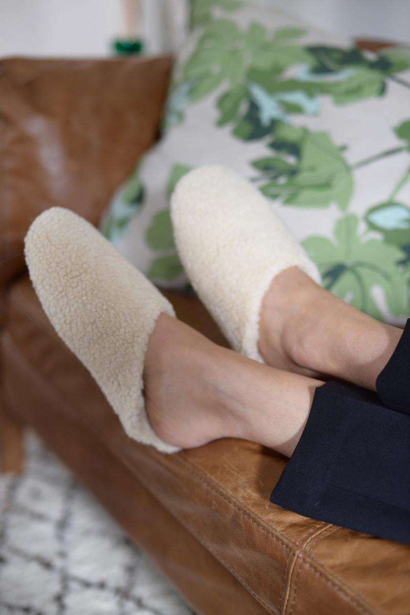 FOTW madewell slippers.jpg
