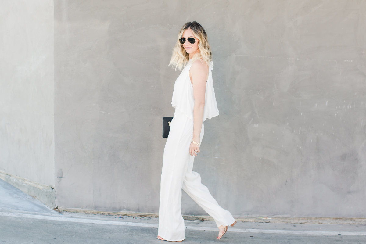 whitejumpsuit5(hero)