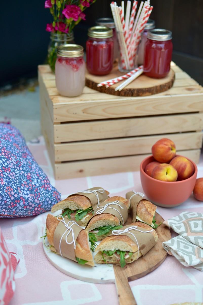 Cupcakes and Cashmere pillows, Meri Meri straws