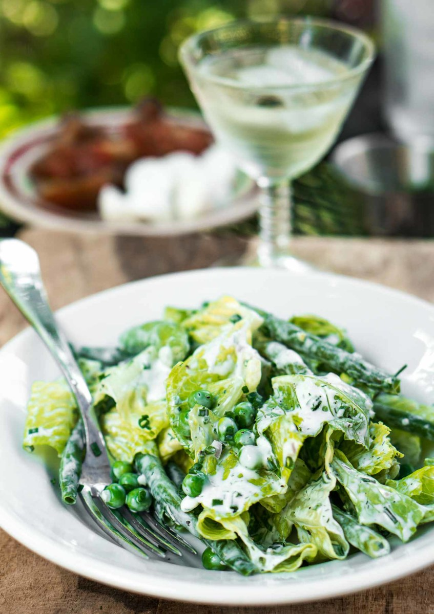 Buttermilk-ranch-dressing-salad-recipe-with-peas-19