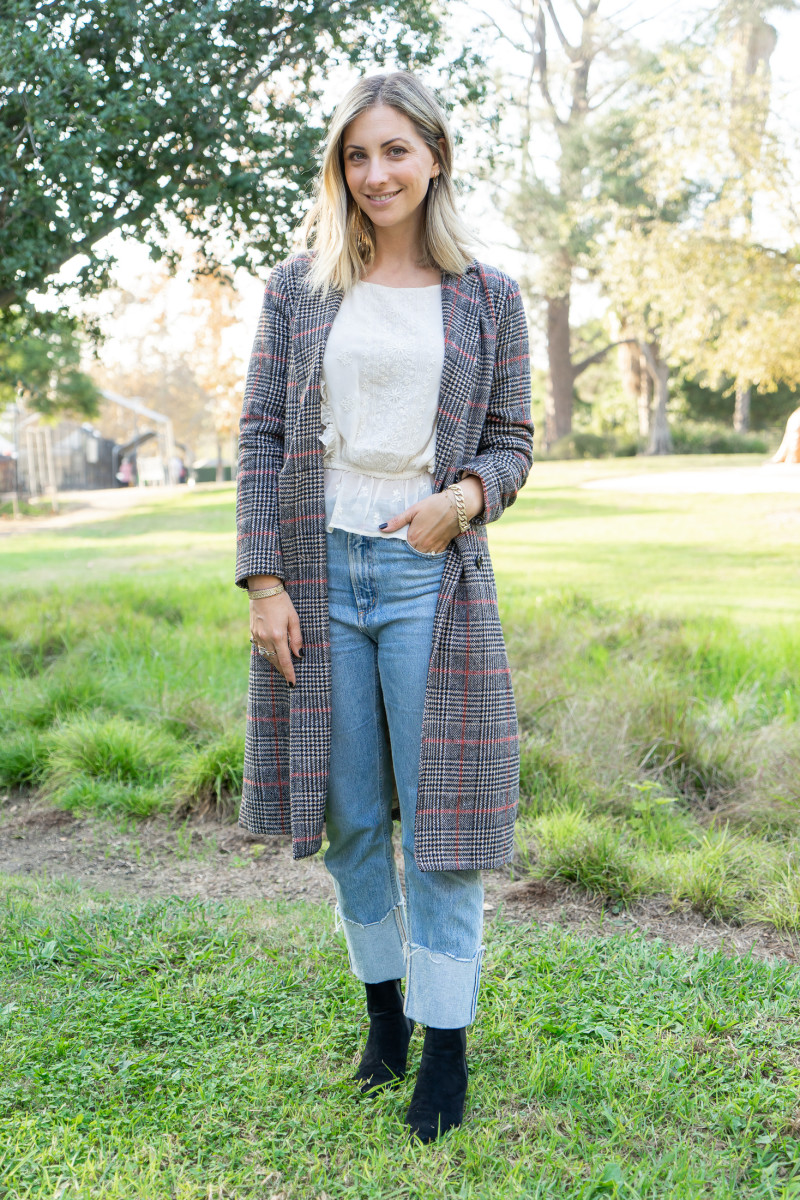 Wednesday: cupcakes and cashmere Coat, Loveshackfancy Top (similar version here), AGOLDE Jeans, Zara Booties