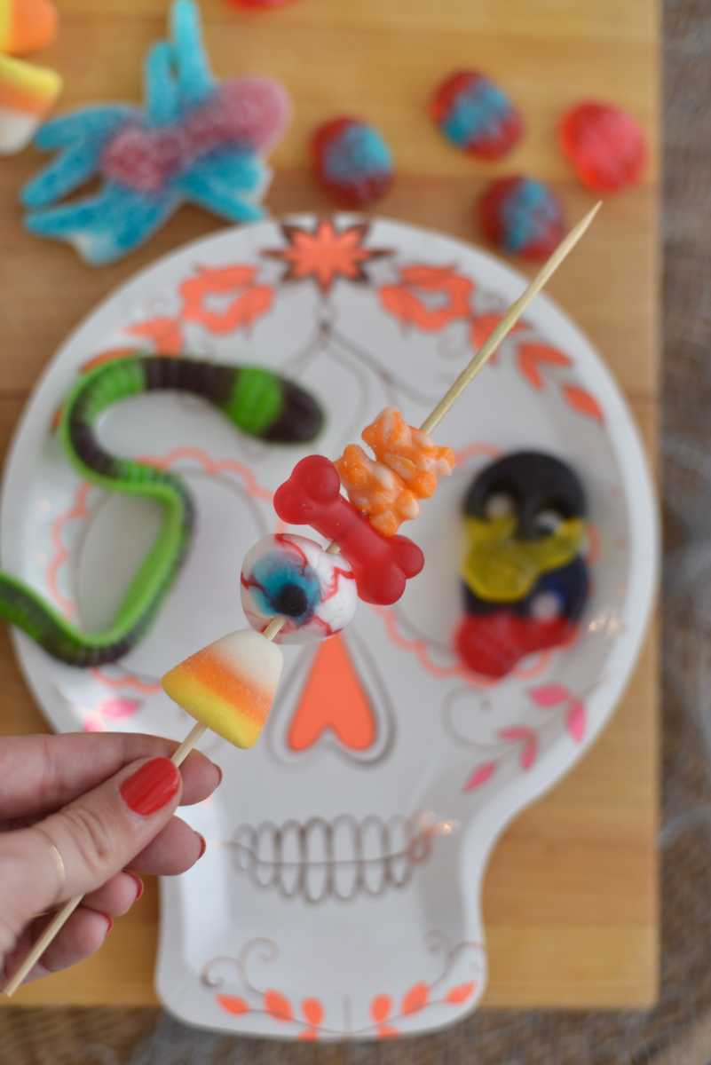 Halloween Candy Skewers9