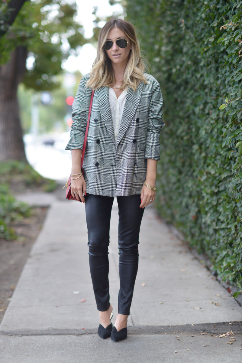 Zara Blazer, Doen Blouse (similar here), Cupcakes and Cashmere Leather Leggings, Alexandre Birman Mules (affordable option here), Celine Bag (similar on sale here)
