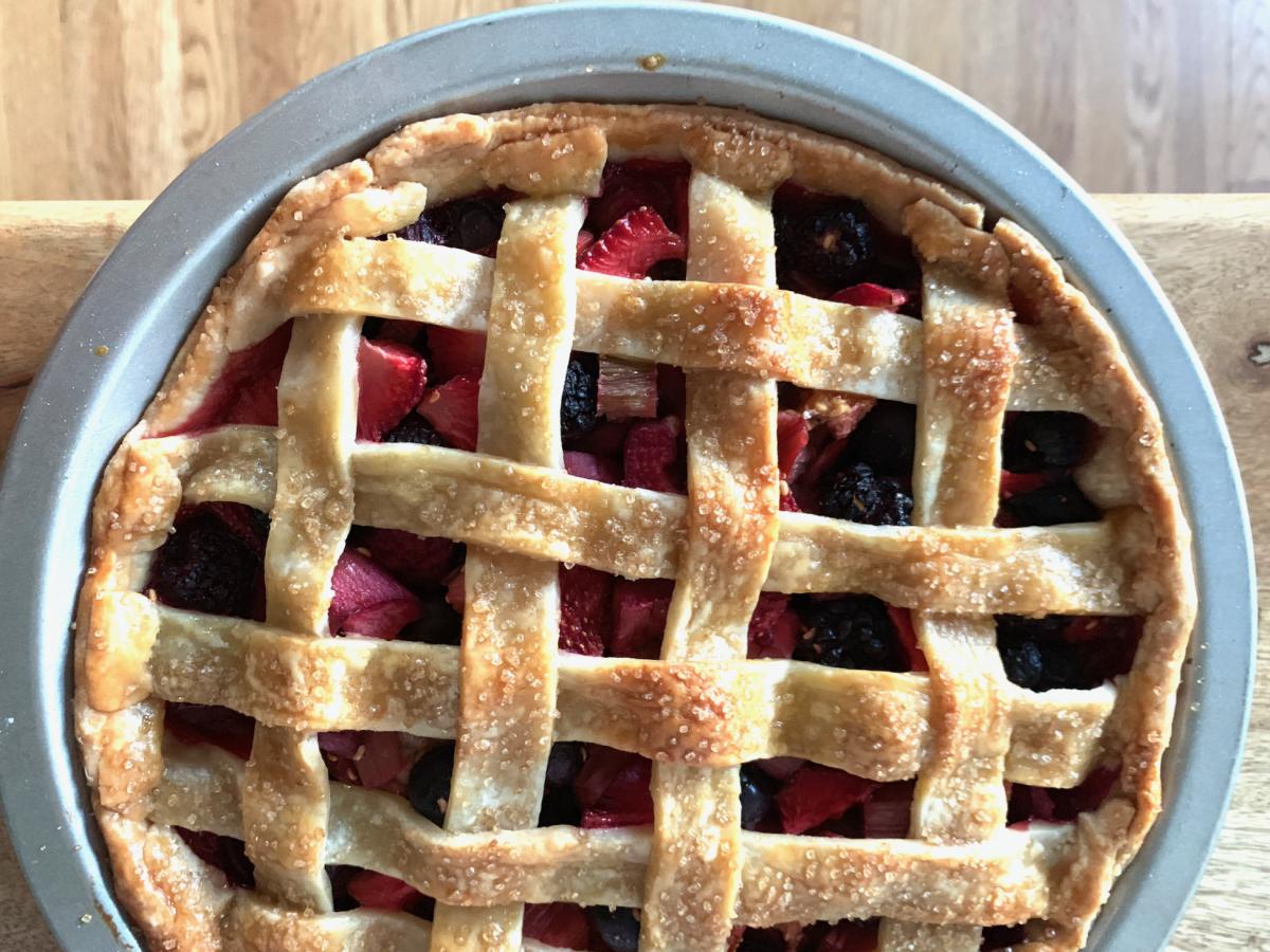 Berry-Rhubarb Pie!