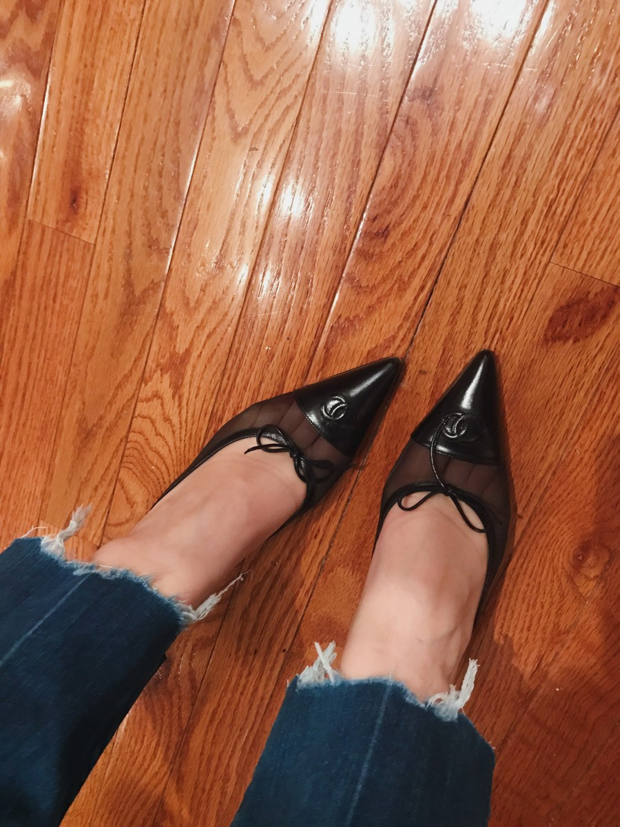 On the one time a year I wear jeans, I still stick to one of my core rules: old vintage jeans (low) & vintage Chanel mules (high)
