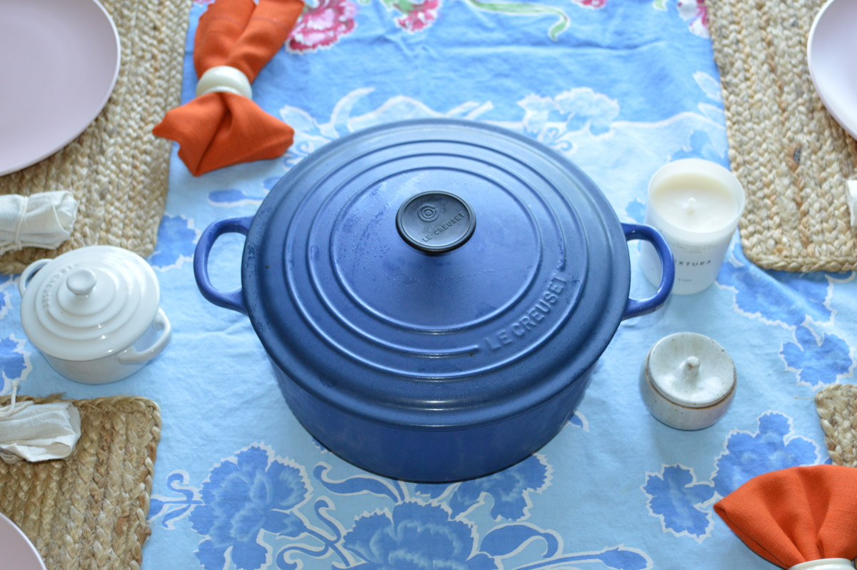 Le Creuset Dutch Oven, Le Creuset Mini Cocotte, Vintage Tablecloth (similar here), Vintage Napkins (similar here) & Rings, Homegoods Placemats (similar here)