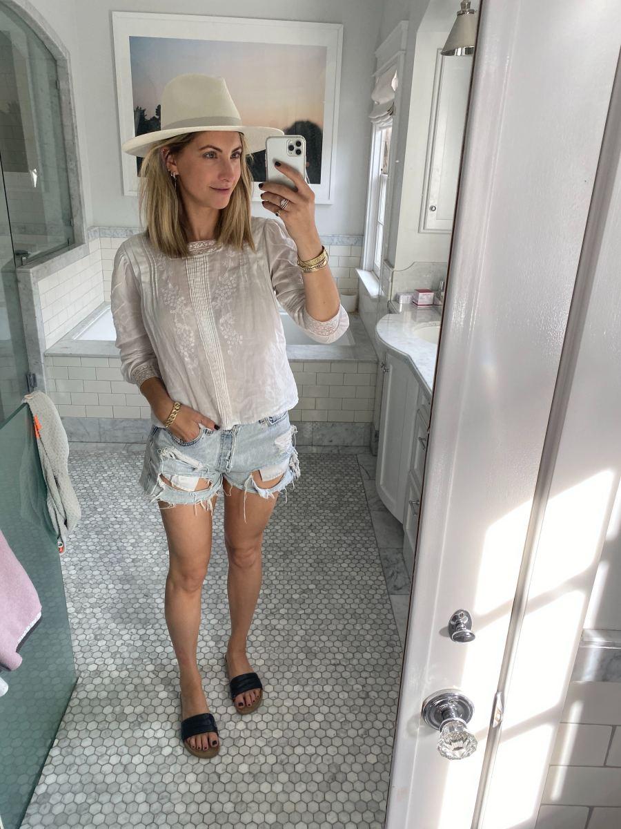 Wednesday:Janessa Leone Hat, Doen Blouse (similar here), Levi's Shorts (similar here), Beatrice Valenzuela Slides