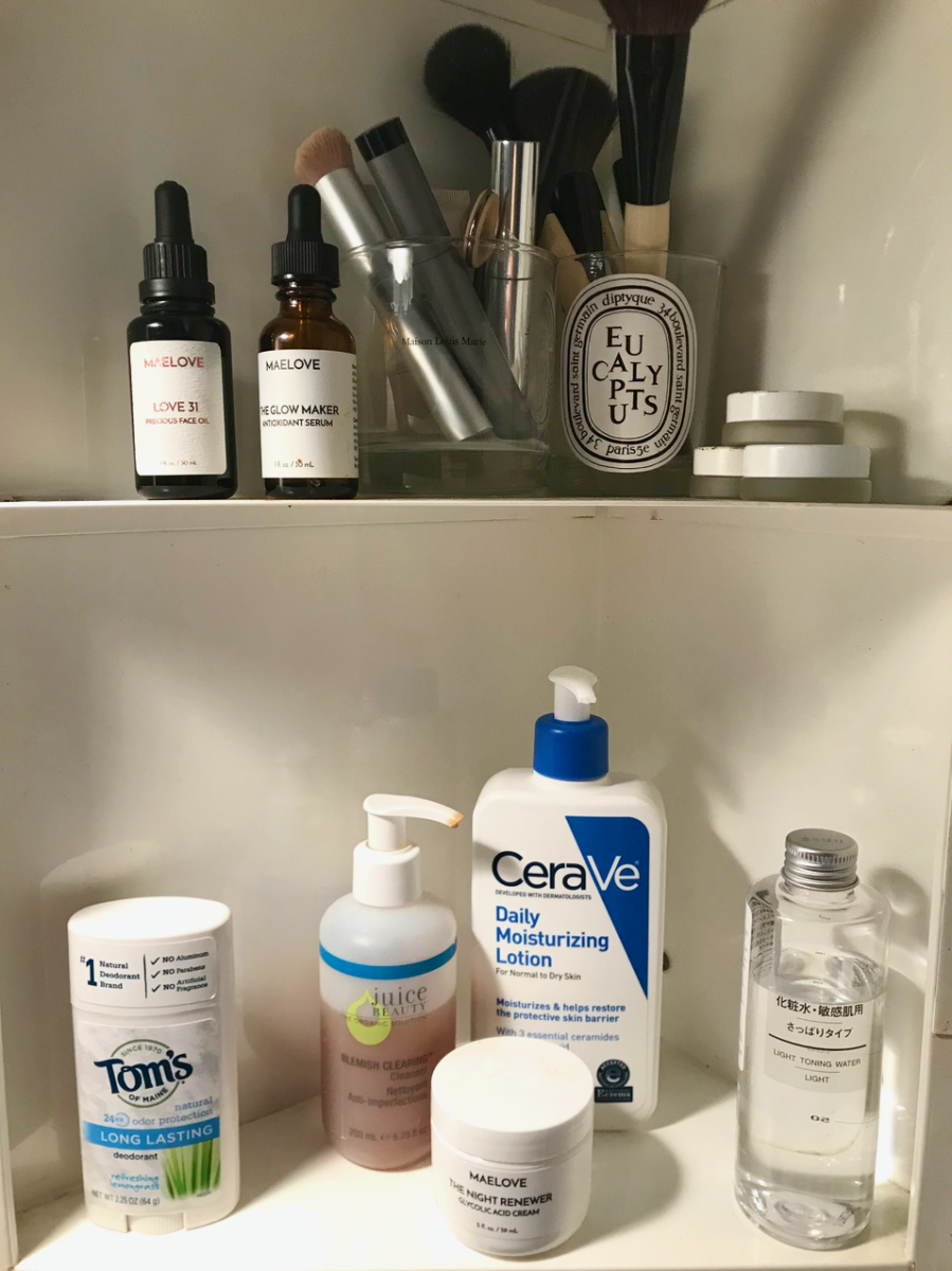 This is literally what her cabinet always looks like - it's really this clean and neat!