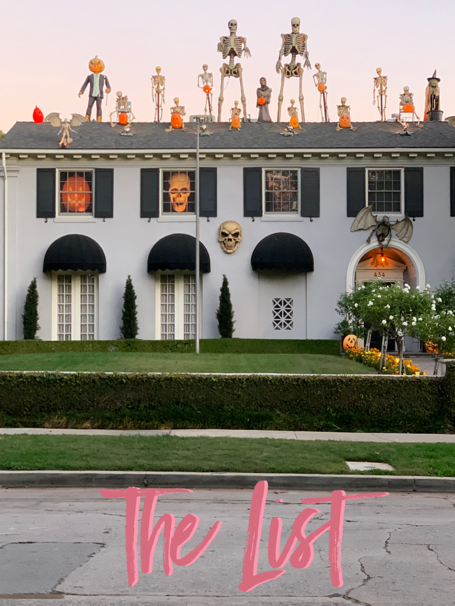 Checked out Hancock Park's impressive Halloween decorations - this one's at 434 Rimpau!