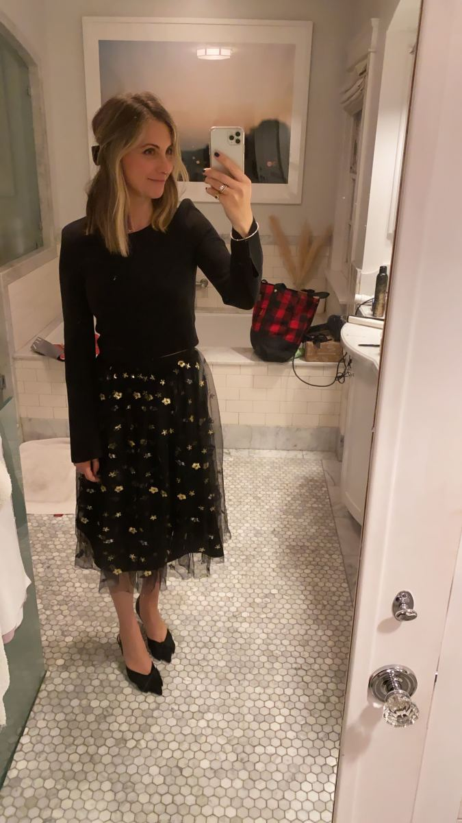 Elizabeth and James Top (similar here), Cupcakes and Cashmere Skirt, Zara Shoes (similar here)