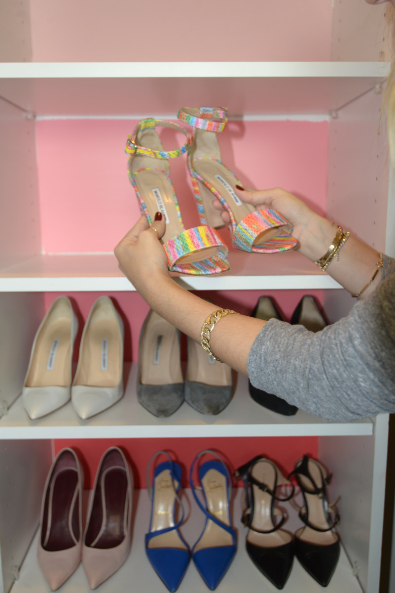 placing shoes (1)