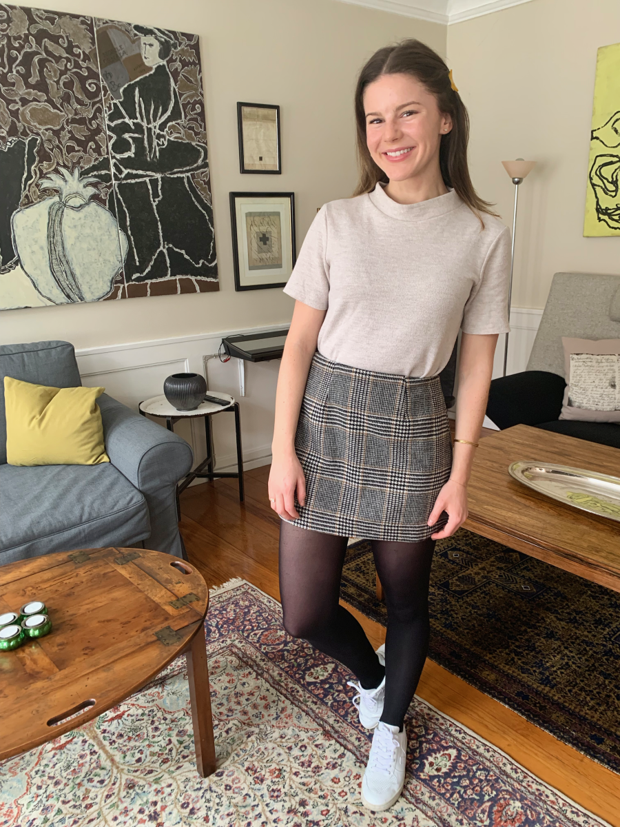 Pico Hairclip, Zara Top, ASTR Skirt (on sale!), Black Tights (similar here), Vejas Sneakers