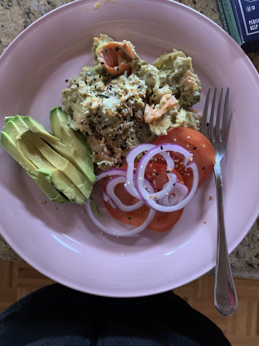 9:30 AM 3 eggs scrambled with lox, cream cheese, and pesto, half an avocado, tomatoes, and onion