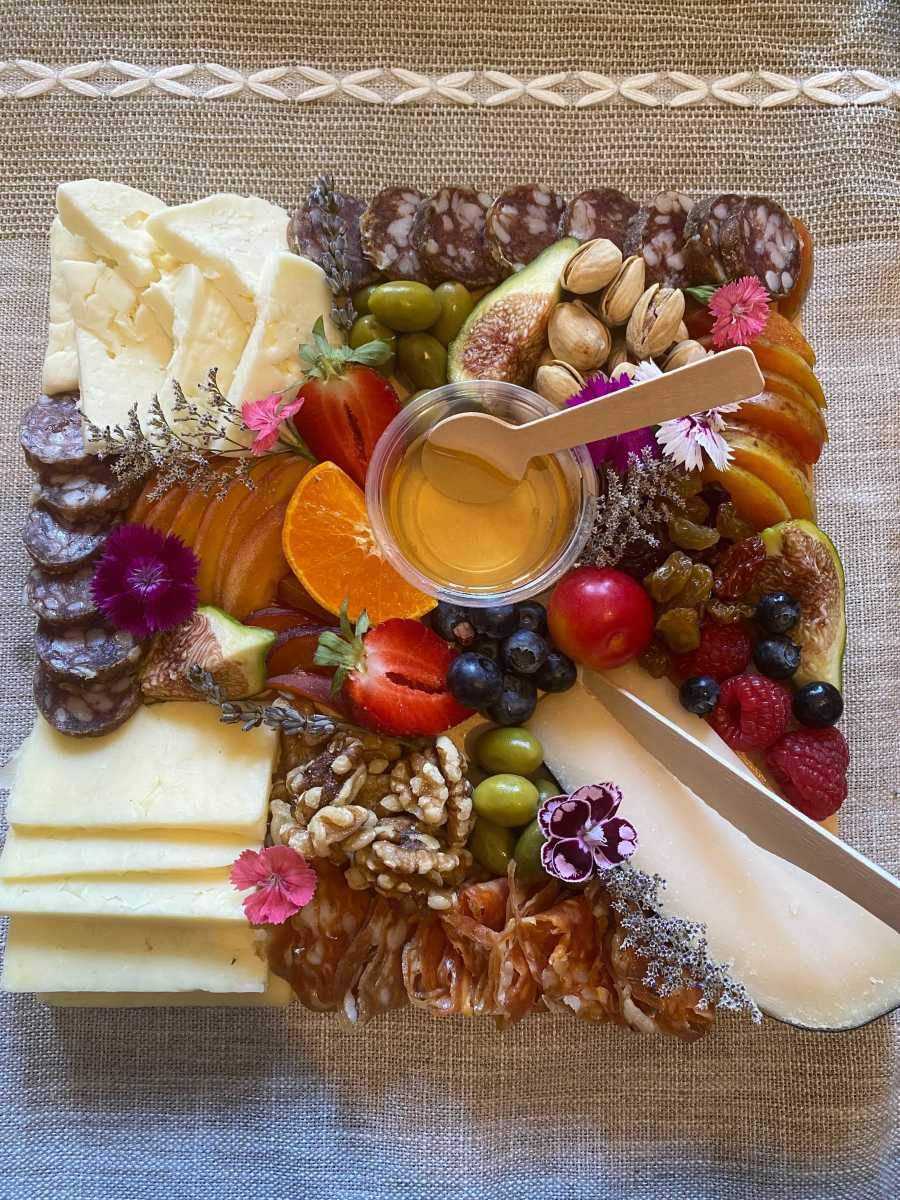 """""""I'm honestly surprised that I created what I'm looking at right now. I'm blown away by this."""" - Lisa, our eCommerce Buyer and Cheeseboard Aficionado"""